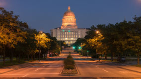 Street View Jefferson City Missouri State Capital Building. West Main Street leads right to the Capital in Jefferson City Stock Photos
