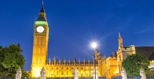 Street view of Westminster Palace at night in London - UK Royalty Free Stock Images