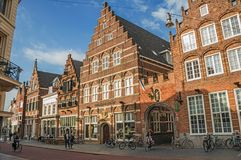 Free Street With Restaurants, Shops, Cyclist And People Strolling In The S-Hertogenbosch Downtown. Stock Photos - 106929103