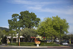 On the street of Yountville in Napa Valley Stock Photos