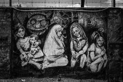 Streetart Gator av Lisbon Fotografering för Bildbyråer