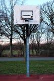 Streetball pierścionek bez sieci Obrazy Royalty Free