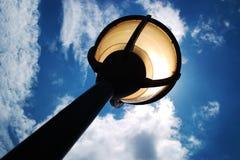Streetlamp i panelljus Royaltyfri Bild