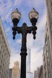Streetlamp i i stadens centrum Chicago, Illinois Fotografering för Bildbyråer