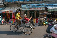 Streetlife - de katoenen winkel in Ho-Chi-Minh-Stad Royalty-vrije Stock Foto's