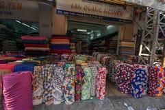 Streetlife - de katoenen winkel in Ho-Chi-Minh-Stad Royalty-vrije Stock Fotografie