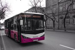 Streets of Baku, new bus Royalty Free Stock Photos
