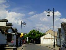 Streetscape de la ciudad antigua de Luzhi Foto de archivo libre de regalías