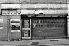 Streetscape widok wsiadający sklepu przód na głownej ulicie zdjęcie royalty free
