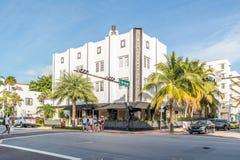 Streetscene Collins Ave na praia sul, Miami Fotografia de Stock Royalty Free