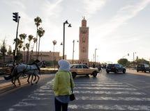 Streetscene i medina av Marrakech, Marocko Royaltyfri Bild