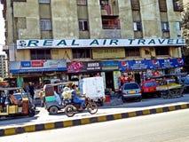 streetview,地方生活在卡拉奇,巴基斯坦 库存照片