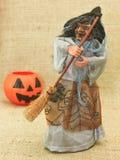 Streghe brutte terrificanti e Jack Lantern Pumpkin di Halloween Immagini Stock
