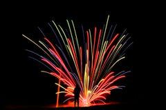Streifen des Feuerwerks lizenzfreies stockbild