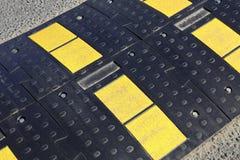 Streifengeschwindigkeitsrampe Stockfoto
