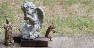 Streifenhörnchen-Zeit zu beten Stockbild