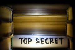 Streng geheim - Konzept Finden von Daten und von Werten des verborgenen Geheimnisses lizenzfreie stockbilder