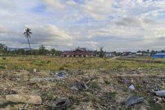 Strenge schade van aardbeving en vloeibaarmakings natuurrampen stock foto's
