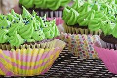 Strepen en stip cupcakes Royalty-vrije Stock Foto's
