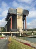 Strepy-Thieu小船推力(比利时) 图库摄影