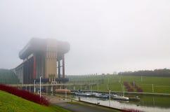 Strepy-Thieu fartygelevator, Belgien Arkivfoton