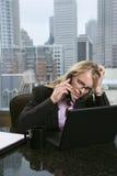 Stressed-Out Geschäftsfrau Lizenzfreie Stockbilder