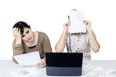Stressful couple get many bill 2 Royalty Free Stock Photos