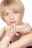 Stressvolle junge schöne blonde Frau Lizenzfreie Stockbilder
