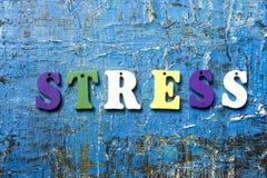 STRESU słowo pisać na abc liście przy abstrakcjonistycznym grunge tłem Obraz Stock