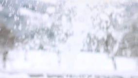 Streuen des Schnees in der Nahaufnahme stock video footage