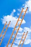 Strichleiter zu den Wolken lizenzfreie stockfotos