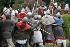 Strid av Hastings Reenactment royaltyfria foton