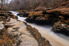 Strid op de rivier Wharfe royalty-vrije stock foto