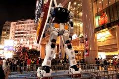 Stridstart mellan Gundam och Zaku Arkivfoton