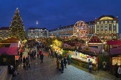Striezelmarkt в Дрездене, одна из рождественских ярмарок Германии самых старых документированных стоковое изображение rf