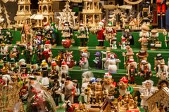 Striezelmarkt famoso a Dresda fotografia stock