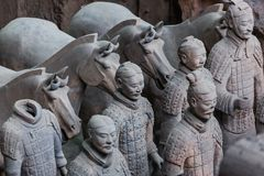 Strijders van beroemd Terracottaleger in Xian China stock afbeeldingen