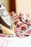 Strijkende kleren Stock Afbeeldingen