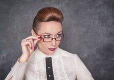 Strikt lärare i exponeringsglasen Fotografering för Bildbyråer