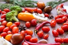 Strikt vegetarian eller bantar matbegrepp royaltyfria foton