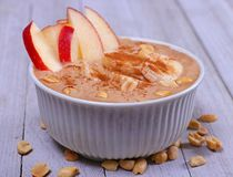 Strikt vegetarianbottenläge - sund maträtt för kalori royaltyfri fotografi
