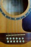 12-string guitare électroacoustique, pont images libres de droits