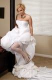 'strip-tease' de la novia Imágenes de archivo libres de regalías