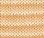 Striped вязать в белизне и желтом цвете Стоковые Изображения