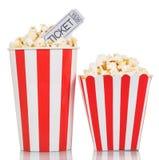 2 striped коробка при билеты попкорна и кино изолированные на белизне Стоковое фото RF