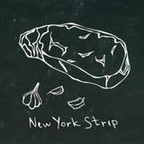 Striploin纽约小条牛排在黑板背景概述隔绝的裁减传染媒介 免版税库存照片