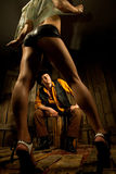 striptease kowbojska przyglądająca kobieta Zdjęcia Royalty Free