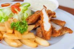 Strisce e fritture del pollo combinate fotografia stock libera da diritti