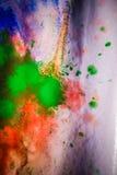 Strisce secche di pittura multicolore con le crepe Fotografie Stock
