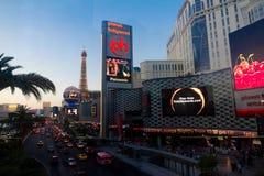 Striscia di Las Vegas al crepuscolo Immagini Stock